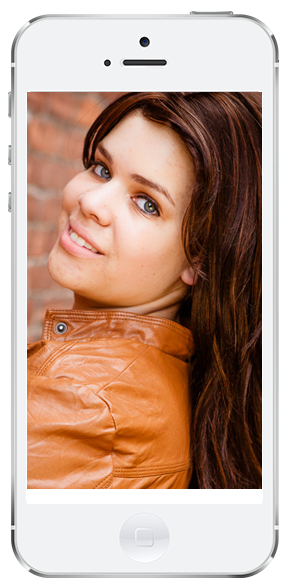 senior portrait displayed on a cell phone screen