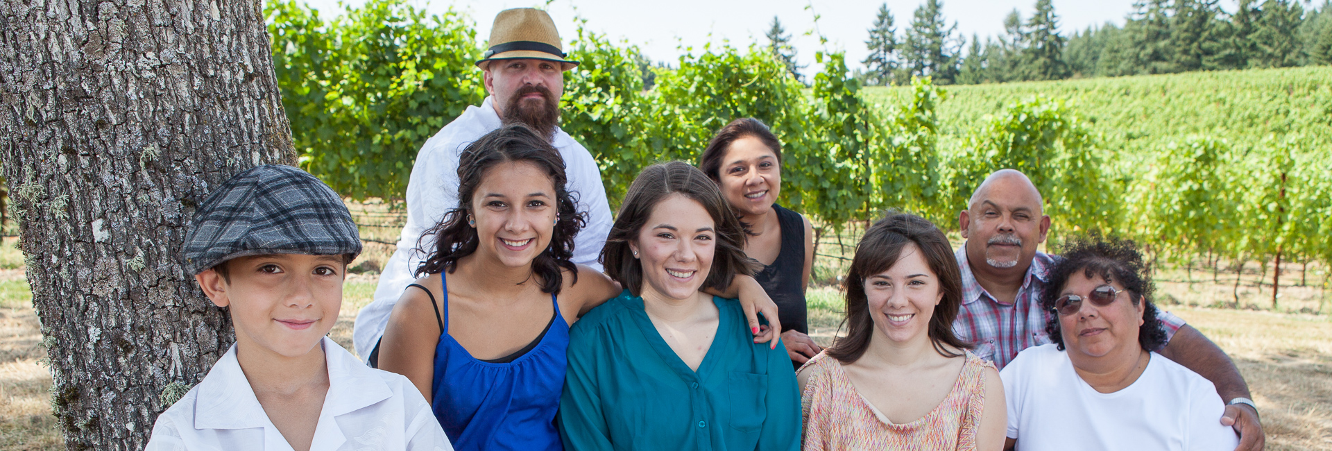 Family portrait at Zenith Vineyard in Zenith Oregon